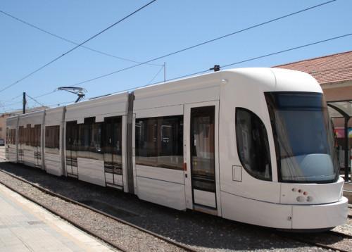 Фото: http://ru.freeimages.com/photo/tram-of-last-generation-1449100